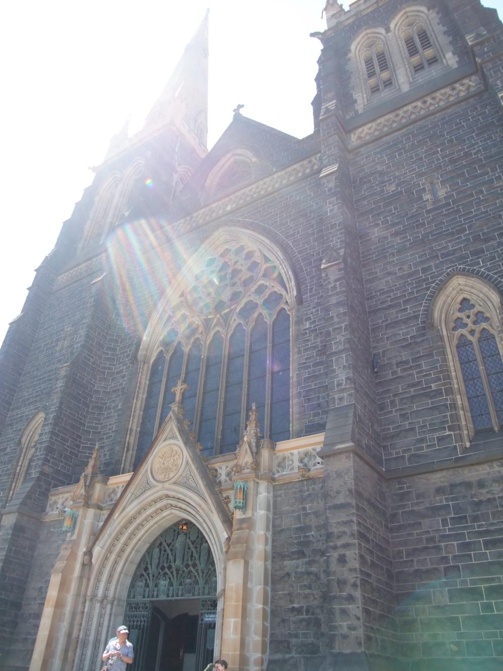 【澳洲旅行】墨爾本 – 聖巴特利爵主教座堂 St. Patrick's Cathedral @MY TRIP ‧ MY LIFE